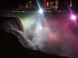 went to niagara falls last night.