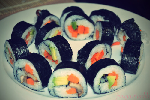 My friends and i had a sushi night last night, and it was the best! I've never made sushi before, but it's actually really easy. Pictured is a vegetarian roll filled with:YamsMushroomsAvocadoMango So good and filling!
