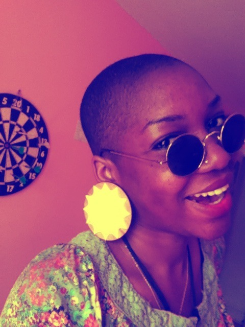 Maeva wears my sun-ra earrings in yellow  RS Jewelry