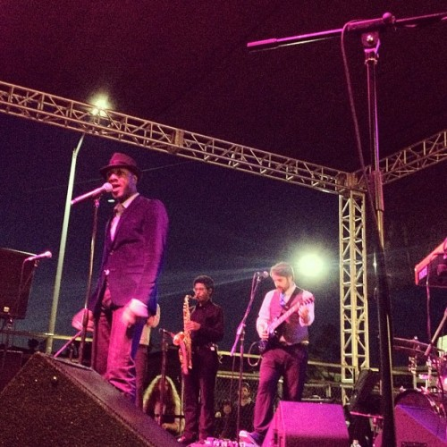 Just chillin' with Aloe Blacc. No big deal.  (Taken with Instagram at Silver Lake Jubilee)