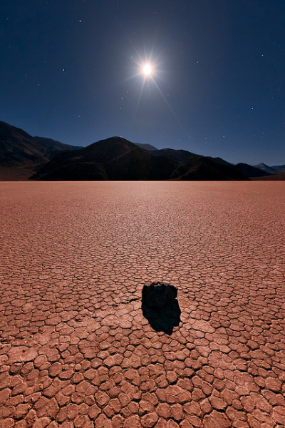 coffeenuts:  A Turning Point, The Race Track, Death Valley National Park by Jared Ropelato on Flickr.