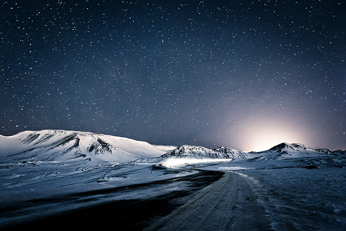 Winter Night In Iceland (by KristjánFreyr)