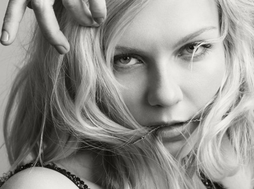suicideblonde:  Kirsten Dunst photographed by David Slijper
