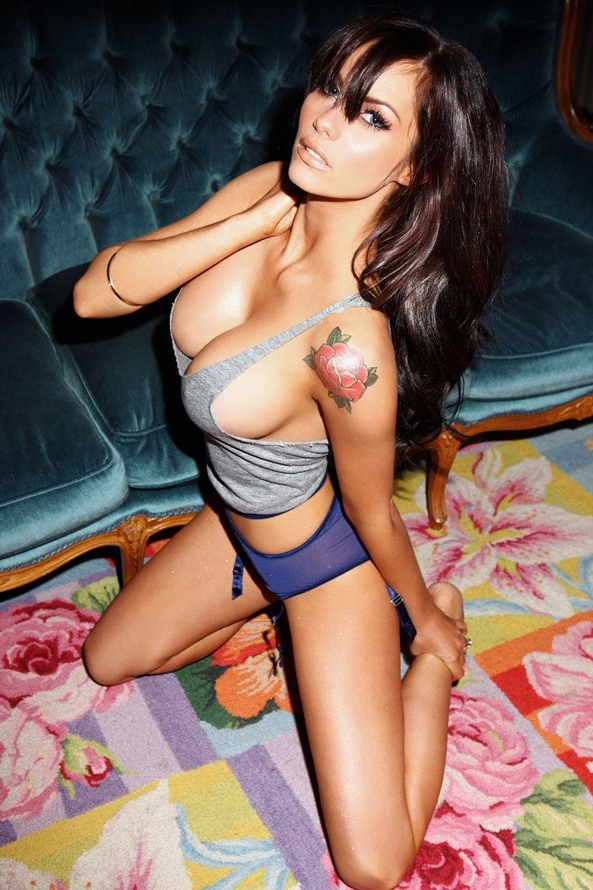 attractivewomen:  Jessica Jane Clement