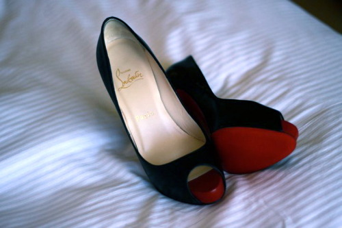 And lastly, my best friend's SHOES for the night.   Follow me, fattycamille, for more posts like this =) *I will follow back if I like your blog <3