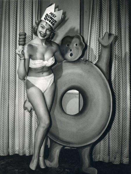 ladylikelady:  Donut Queen part1 from 1951