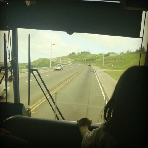 娘の初、海外旅行。Trip to Guam,2011  #Guam #bus #road #kids  (Instagramで撮影)