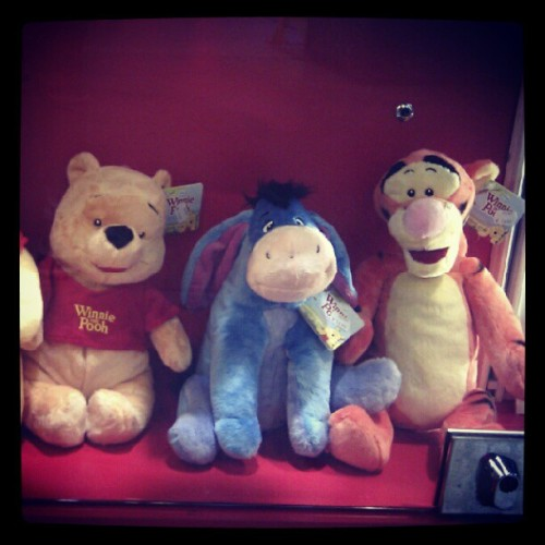 They are good friends! #Pooh #Winnie (Taken with instagram)