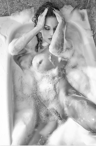 eroticbwphotography:  i ❤ bw photography