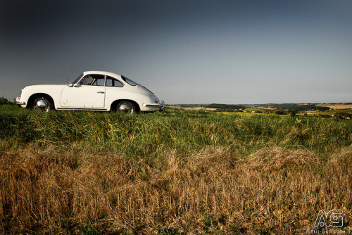 Porsche 356 C by Alexis Goure on Flickr.