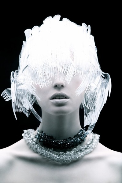 (via Plastic Fantastic by Tomaas | Trendland: Fashion Blog & Trend Magazine)