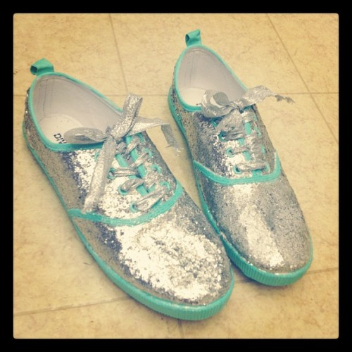 sewinginstilettos:  Changed them to all glitter with mint accents! (Taken with instagram)