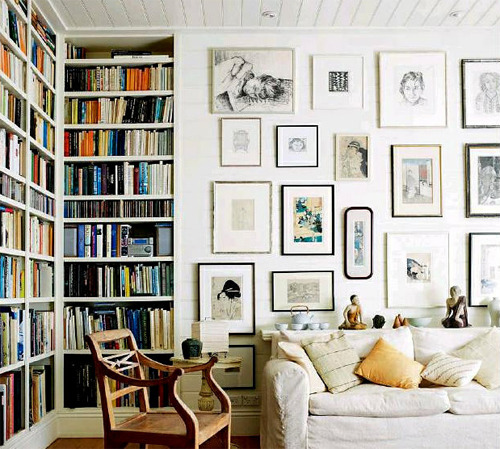 bookmania:  White eclectic rustic vintage classic modern living room; ceiling-to-floor shelving and art. Pretty cool. © Sidney Morning Herald  I would live in this room!