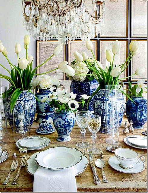 Design by Lisa Luby Ryan, featured in Veranda via Holly Mathis Interiors