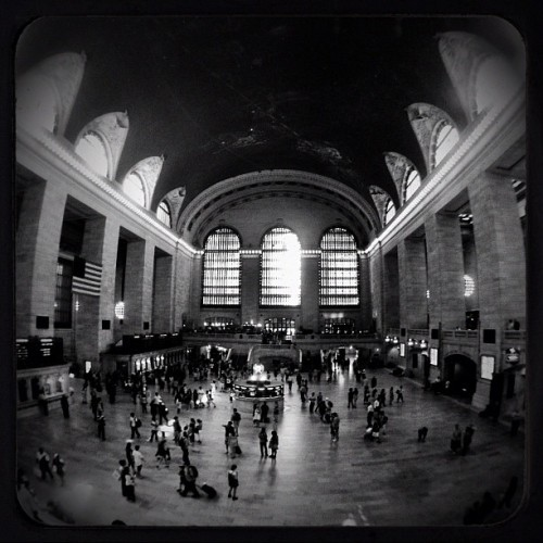 Grand Central Station NYC #iphone #645pro #olloclip #fisheye #snapseed #noir #lomob #NYC (Taken with Instagram at Grand Central Terminal)