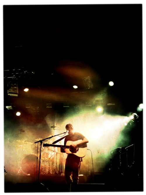 L'excellent Ben Howard aux Papillons de nuit. iPhone 4S : Mattebox et Photoforge 2