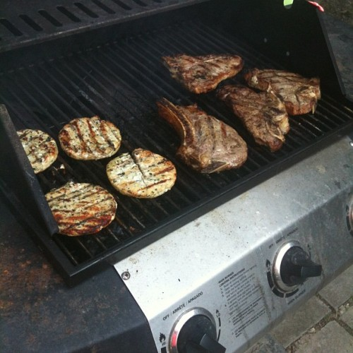 Some turkey burgers for this weeks lunch, some grass fed steaks for right now suckas!!! #EATREALFOOD (Taken with instagram)