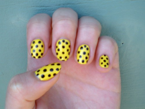 thenailadventure:  Teeny Weeny Yellow Polka Dot Nails!
