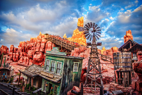 loveandlaughdisney:  Big Thunder Mountain Railroad by Samantha Decker on Flickr.