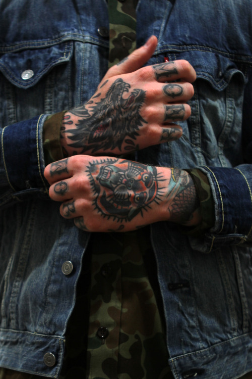 Hand tattoos = sexy as fuuck.