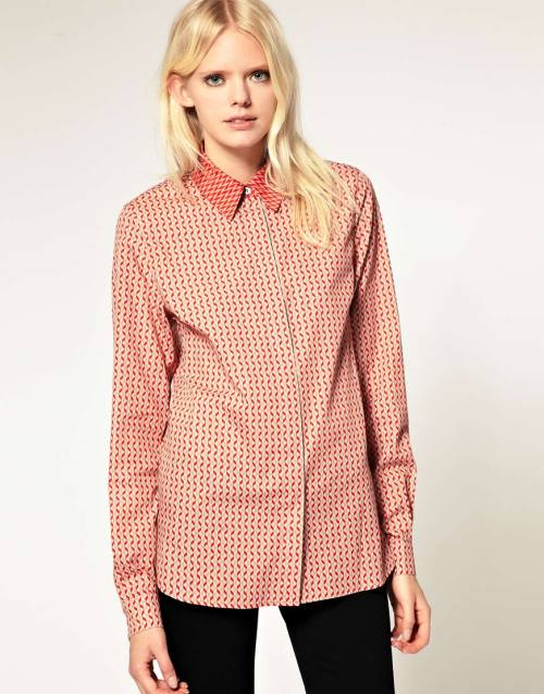 Jonathan Saunders Fitted Cotton Shirt in Triangle PrintMore photos & another fashion brands: bit.ly/JgP8bD