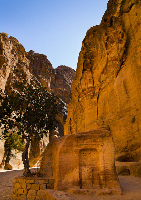 Bab Al Siq, Slot Canyon Leading To City Of Petra, Jordan by Eric Lafforgue on Flickr.