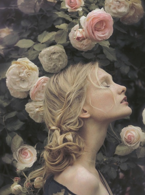 romantic-primitivism:  Eliisa Raats ph. by Perla Mareek for Fine Taste Magazine Summer 2011
