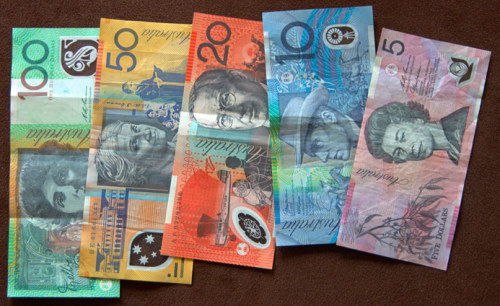 littlethingsdownunder:  we have the best money downunder - period … its colourful and sexy :)