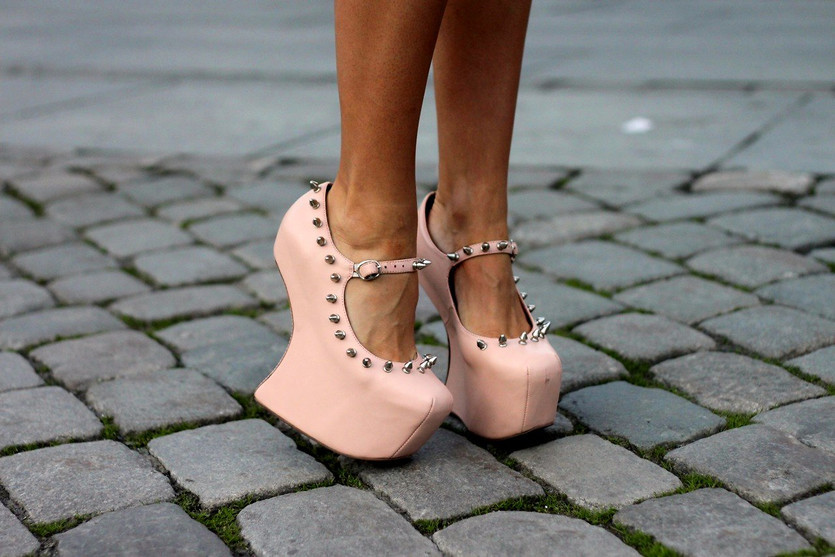 Shoes – J.C  (image; fashiiondiaries)