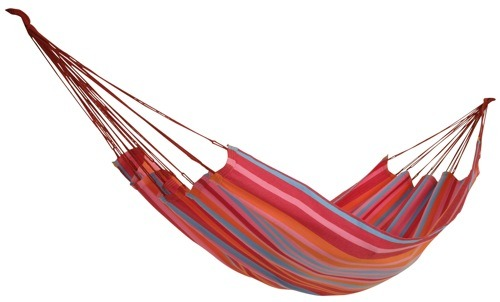 Here Comes the Sun: 10 Backyard Hammocks