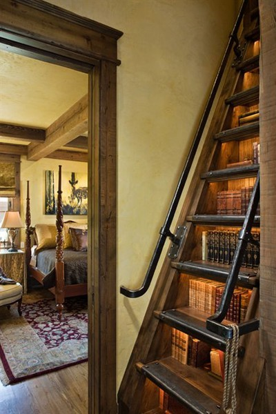 I love these bookshelves in the stairs!