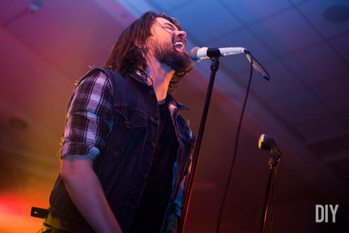 thisisfakediy:  Slam Dunk 2012: Taking Back Sunday, by Sinéad Grainger (via DIY)