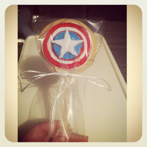Finished Captain America cookie pop #cookie #pop #cookiepop #baking #biscuit #captainamerica #marvel #superhero