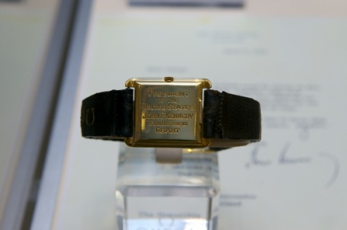 The gold square Omega that John F. Kennedy received from a friend. He wore it during several official occasions.