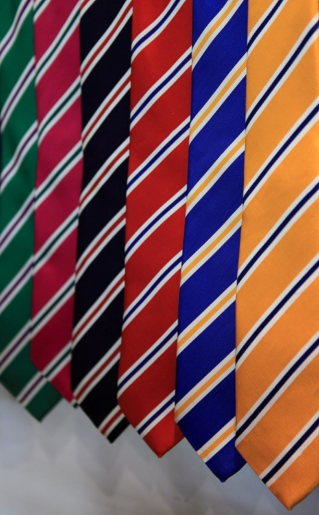 "landerurquijo:  Stripes"",in a lot of colours and ties / Rayas"", en un monton de colores y corbatas"