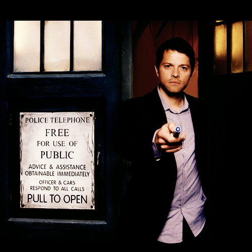 zylphiacrowley:  The angels have the phone box.