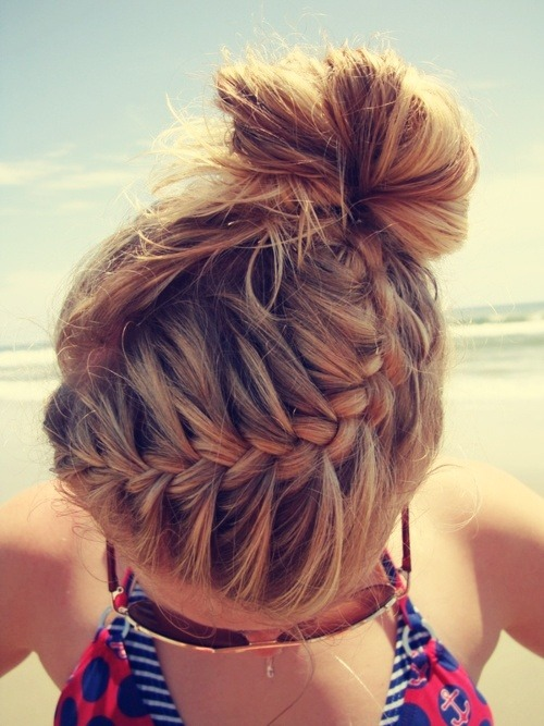 maybelline:  Beach hair. <3