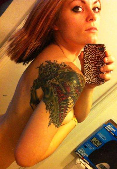 dinosaurs-and-boobs:  zombie-tyrannosaur:  Oh, hello, my tattoo is all healed :)   BEAUTIFUL!