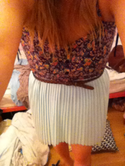 I like my new skirt, matalan darling!