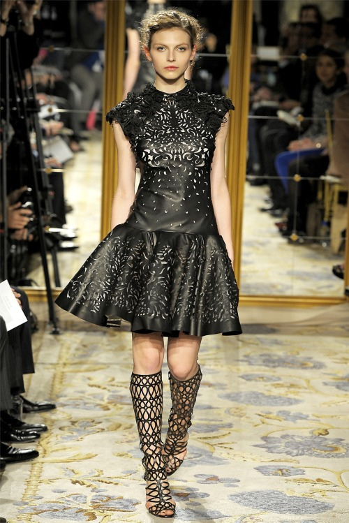 Wowed by the cutout detailing in this Marchesa Fall 2012 look. (via Style.com)