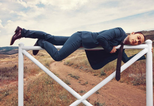 fashiz:  Joseph Gordon-Levitt for DETAILS