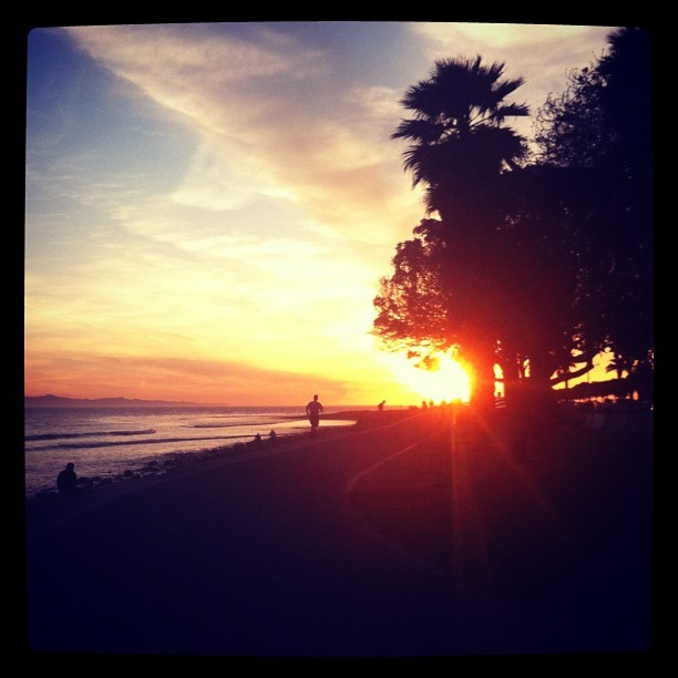 Sunset run #farawaypeople - @ginitabella1- #webstagram