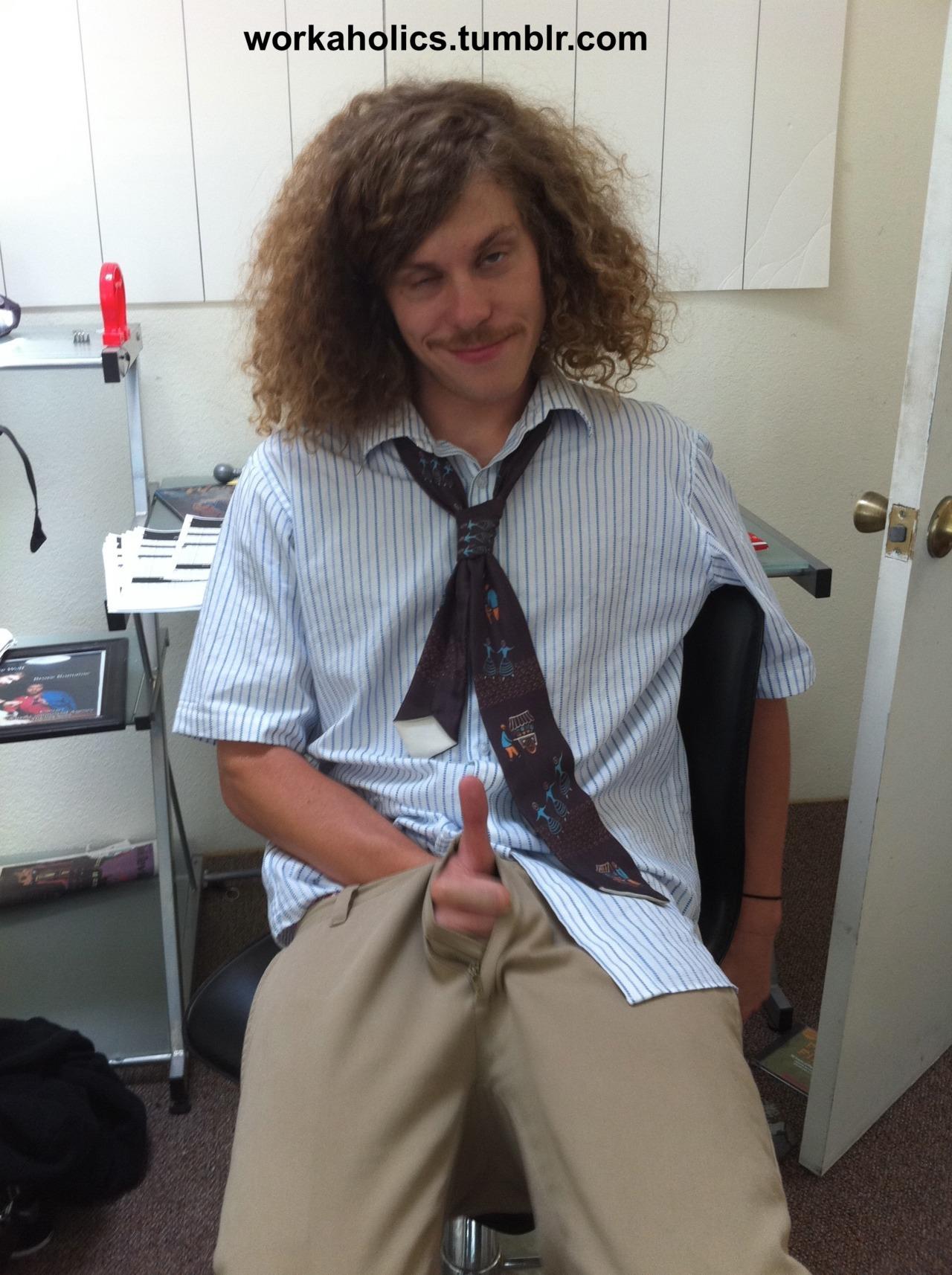 Blake Anderson   The ORIGINAL Sexy Geeks   Blake Workaholics Hair