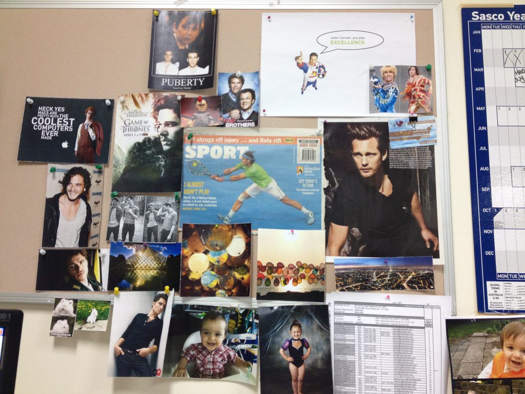Halp!  My wall of inspiration needs a pic of season five Eric wearing the black tank top of sex and all my searching is coming up blurry (plus, my boss sitting right next to me it's probably impolitic to spend hrs of work time browsing for one).   Can anyone hook me up with a good one? Please?