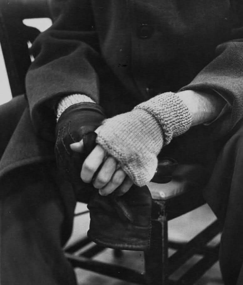 Glenn Gould Closeup of 32-yr.-old Canadian pianist Glenn Gould's hands while removing outer gloves revealing underset of fingerless knitted ones which he wears even in the summer in order to keep his hands supple for performing, at Columbia Recording Studios. Location:New York, NY, USDate taken:March 1956Photographer:Gordon Parks alesario:  mitts…