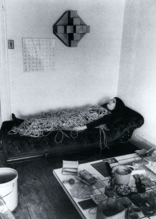 lumbr:  Eva Hesse with a rope sculpture Hermann Landshoff c.1969