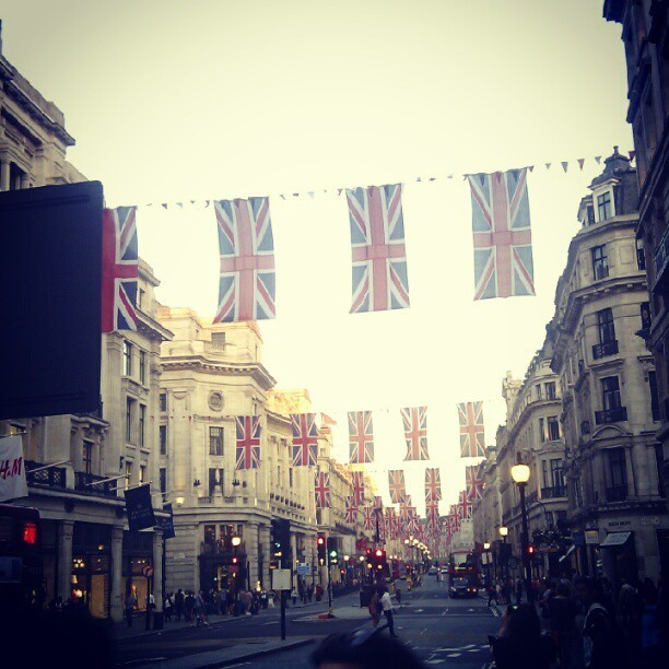 #DiamondJubilee #Perspective #British #Flags #Summertime  (Taken with instagram)