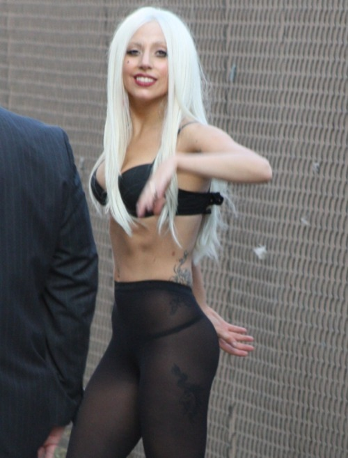 sunpeach:  i love you lady gaga   jimmy kimmel! i was dere