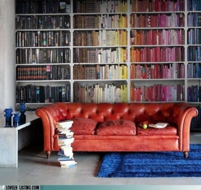 creativenothing:  loralia516:  color coded bookcases  and lumpenfag, this is for you  you'll be happy to know that I spent a few hours today adding about a 100 or so books to my color scheme.