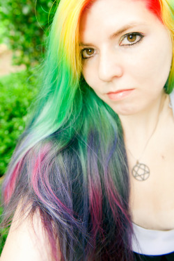 oh. hello. rainbow gradient has returned. Manic Panic - Pillarbox RedManic Panic - Electric BananaManic Panic - Atomic TurquoiseManic Panic - Ultra Violet mixed with Purple HazeManic Panic - Hot Hot Pink